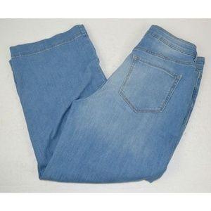 Old Navy Wide Leg Capri Jeans